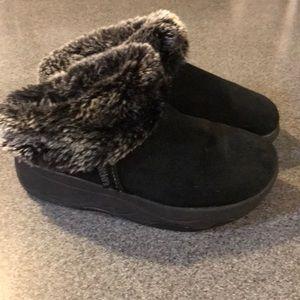 Skechers Furry Clogs
